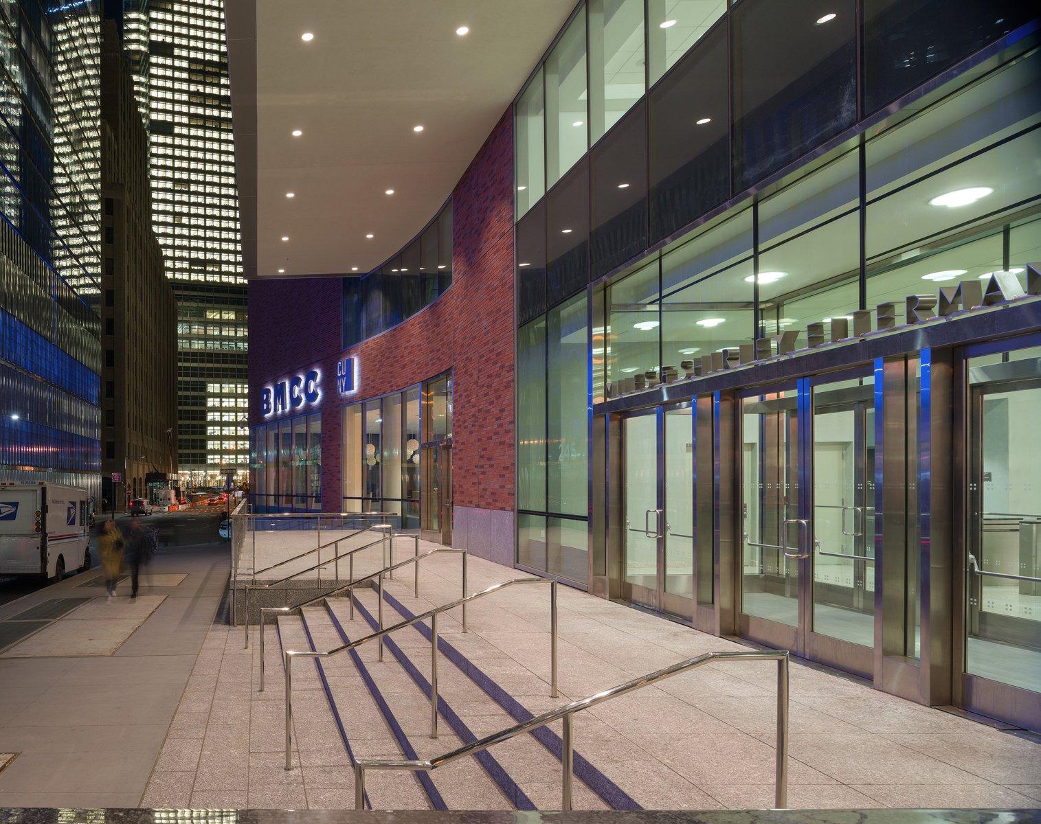 Fiterman Hall City University Of New York Bmcc Pei Cobb Freed